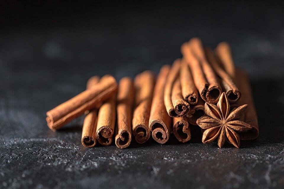 natural sore throat remedies - herbs