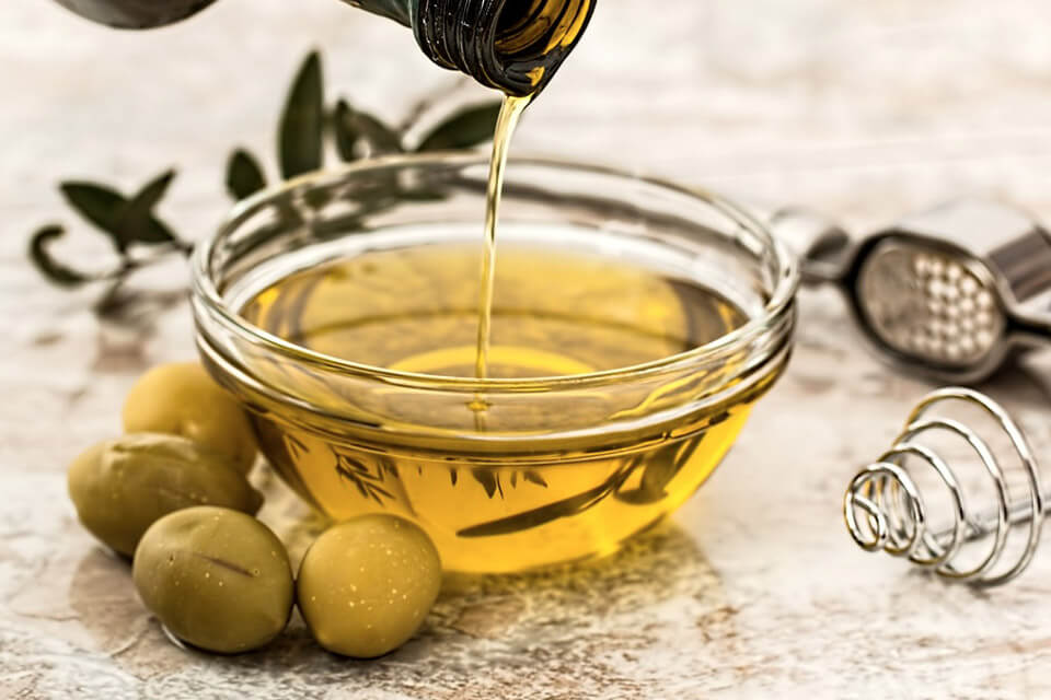 Olive oil is one of our home remedies for hair loss