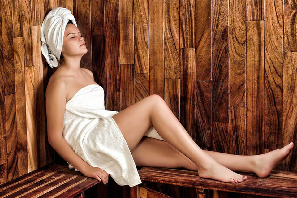 go to the sauna with a low calorie diet