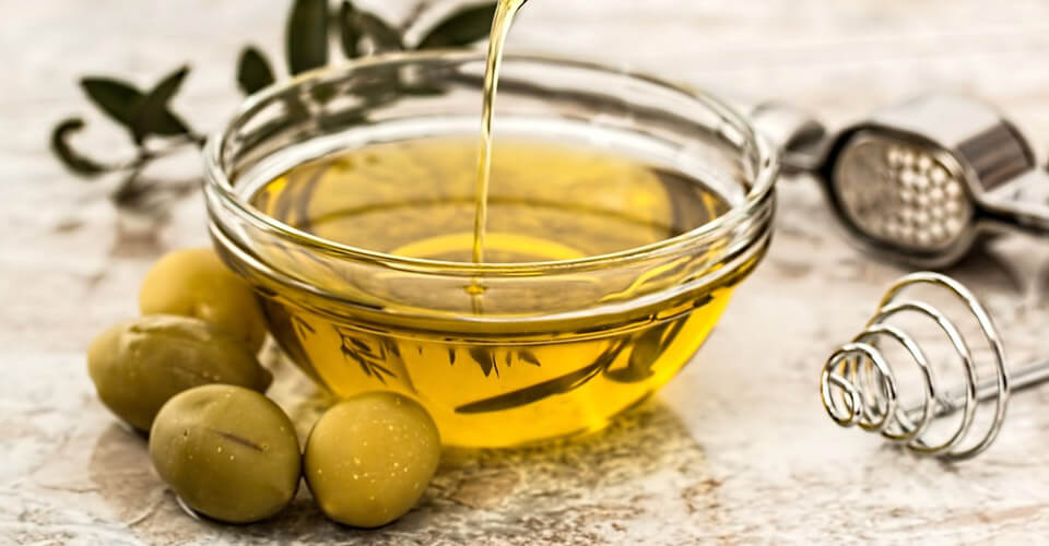 Olive Oil helps skin health
